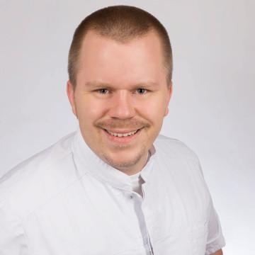 Dr. Lucas  Dietz: Zahnarzt in Wipperfürth