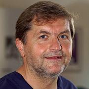 Dr. Lutz Schwitzky: Zahnarzt in Niederau